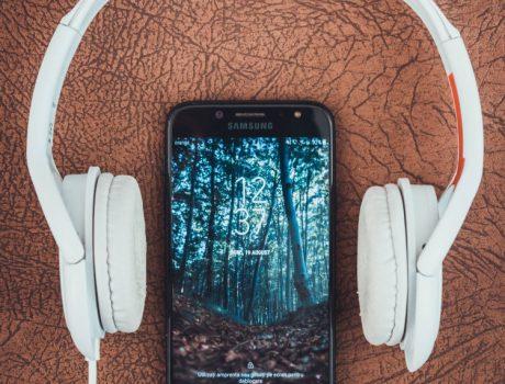 Motivational Minute: Upbeat Music